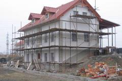 Stavba hlavní budovy